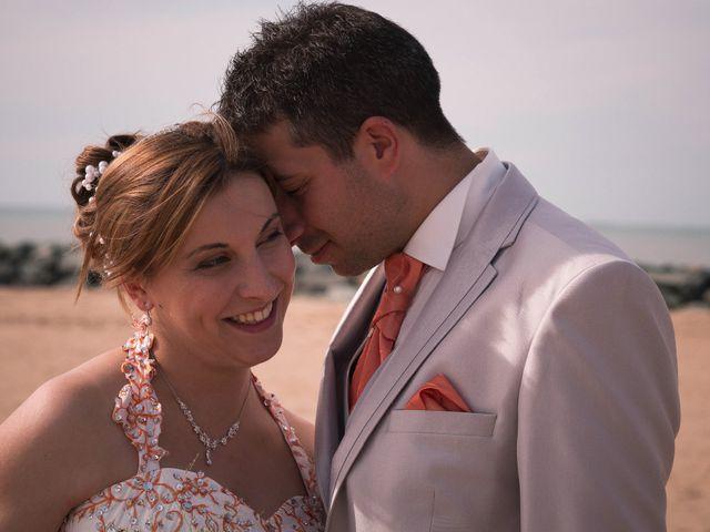 Le mariage de Michael et Aline à Angoulins sur Mer, Charente Maritime 10