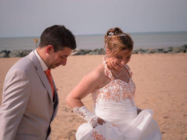 Le mariage de Michael et Aline à Angoulins sur Mer, Charente Maritime 13