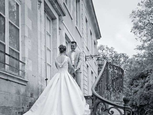 Le mariage de Thomas et Anne-Charlotte à Sandillon, Loiret 18