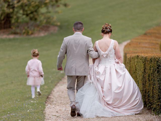 Le mariage de Thomas et Anne-Charlotte à Sandillon, Loiret 21