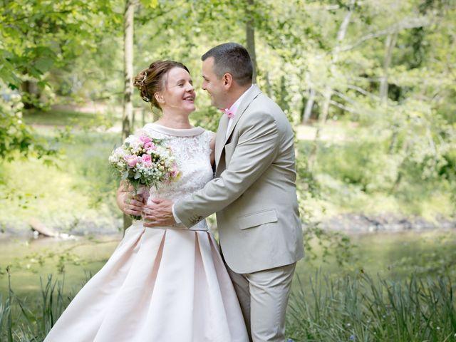 Le mariage de Thomas et Anne-Charlotte à Sandillon, Loiret 22