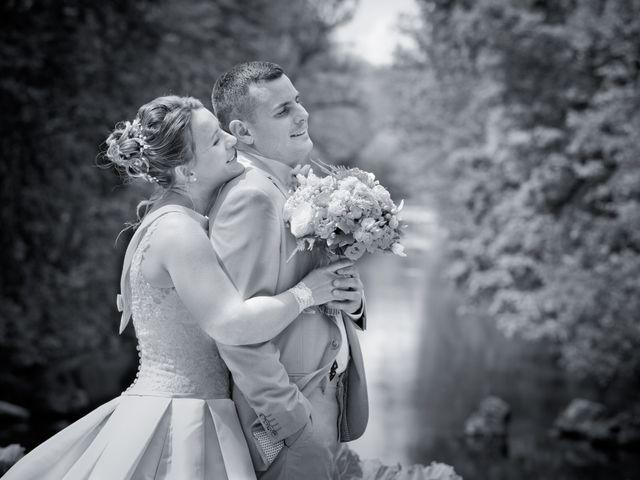 Le mariage de Thomas et Anne-Charlotte à Sandillon, Loiret 25