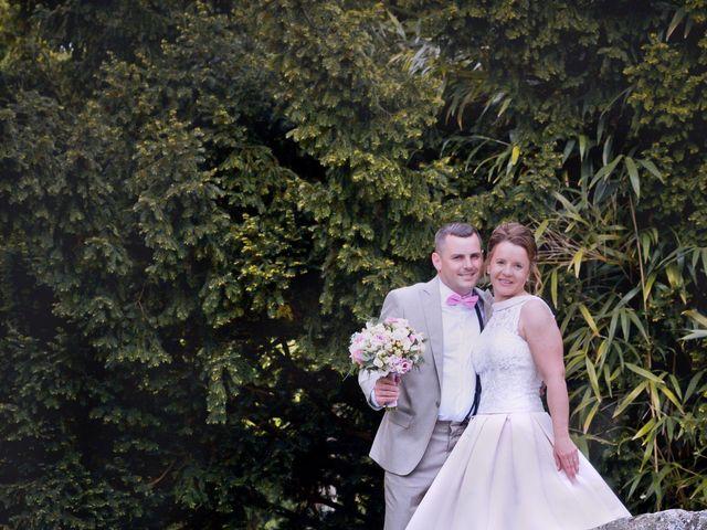 Le mariage de Thomas et Anne-Charlotte à Sandillon, Loiret 26