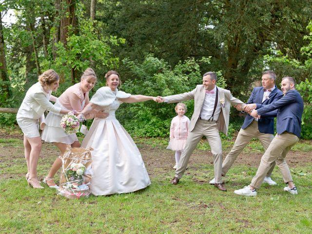 Le mariage de Thomas et Anne-Charlotte à Sandillon, Loiret 28