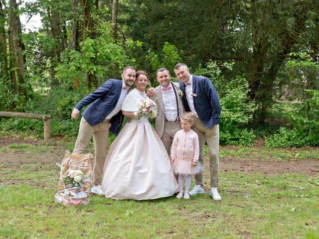 Le mariage de Thomas et Anne-Charlotte à Sandillon, Loiret 29