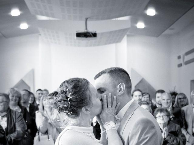 Le mariage de Thomas et Anne-Charlotte à Sandillon, Loiret 32