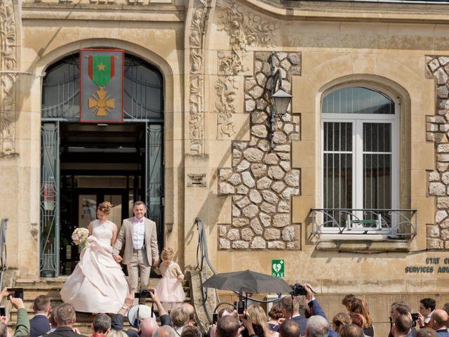 Le mariage de Thomas et Anne-Charlotte à Sandillon, Loiret 34