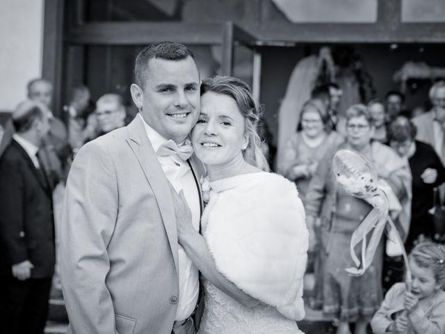 Le mariage de Thomas et Anne-Charlotte à Sandillon, Loiret 37