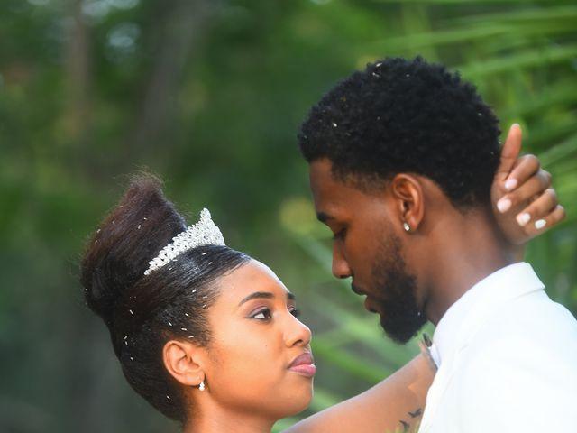 Le mariage de Loic et Aurelie à Le Diamant, Martinique 1