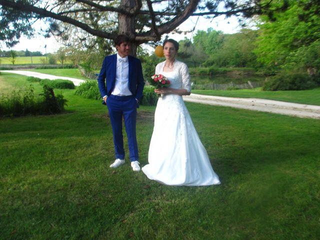 Le mariage de Luc et Aurélie à Champignelles, Yonne 3
