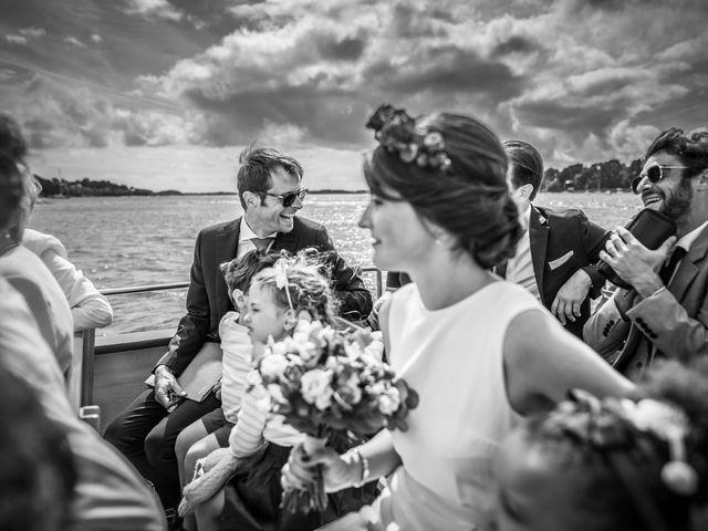 Le mariage de Vincent et Camille à Sarzeau, Morbihan 7