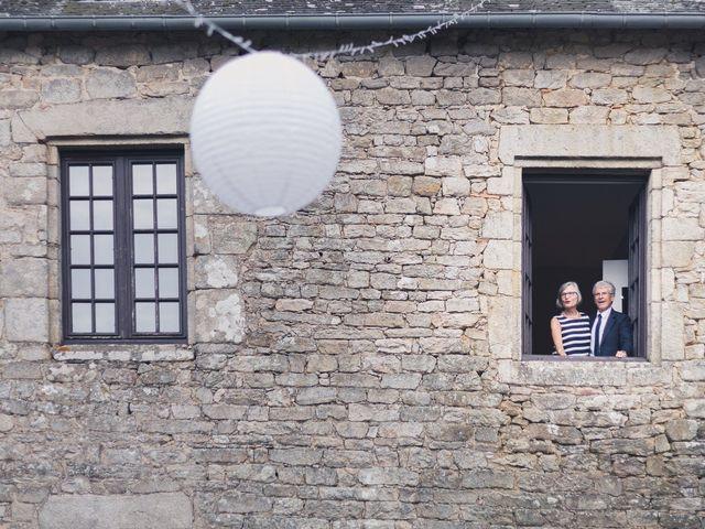 Le mariage de Vincent et Camille à Sarzeau, Morbihan 25