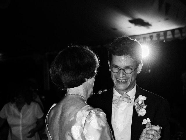 Le mariage de Amélie et Guillaume à Bengy-sur-Craon, Cher 56