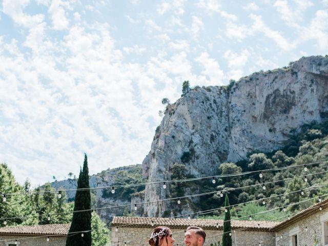 Le mariage de Benjamin et Mélanie à Orgon, Bouches-du-Rhône 10