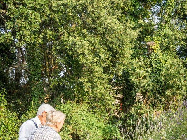 Le mariage de Marc et Anne-Laure à Uzès, Gard 18