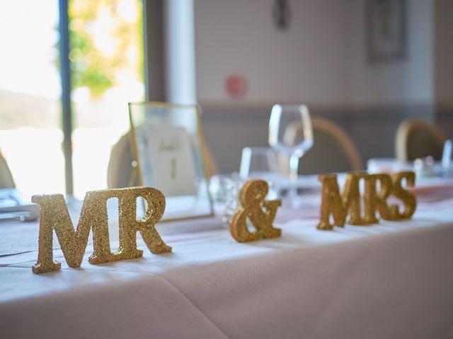 Le mariage de Anthony et Alicia à Roquebrune-sur Argens, Var 15