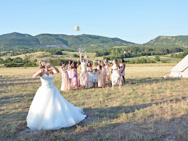 Le mariage de Mikaël et Cristelle à Noyers-sur-Jabron, Alpes-de-Haute-Provence 105