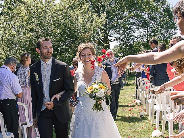Le mariage de Flavien et Stéphanie à La Chaize-le-Vicomte, Vendée 28