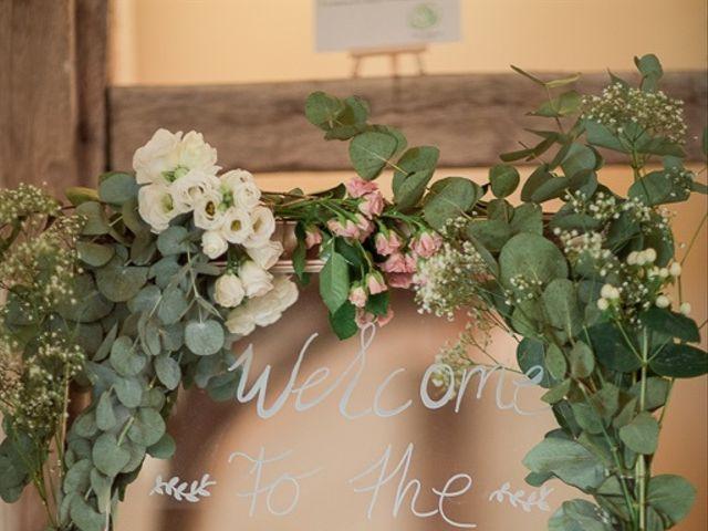 Le mariage de Adrien et Sabine à Sens-Beaujeu, Cher 82