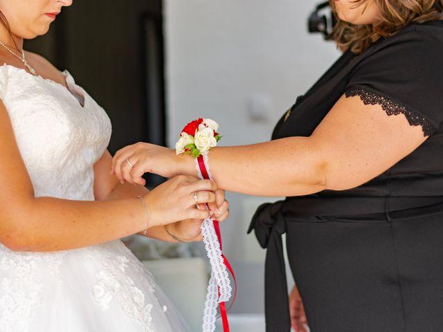 Le mariage de Arnaud et Marine à Cuges-les-Pins, Bouches-du-Rhône 17