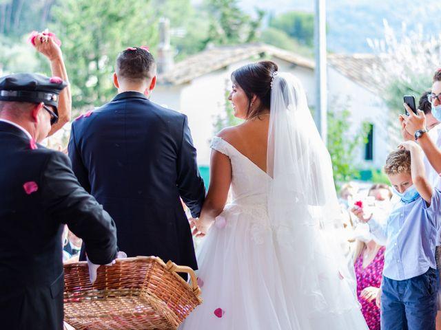 Le mariage de Arnaud et Marine à Cuges-les-Pins, Bouches-du-Rhône 33