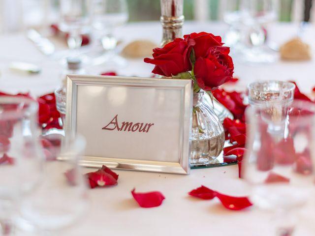 Le mariage de Arnaud et Marine à Cuges-les-Pins, Bouches-du-Rhône 56