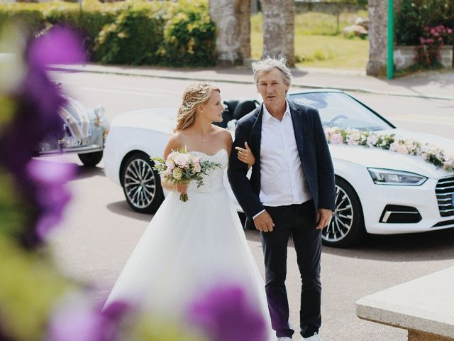 Le mariage de James et Marion à Saint-Gilles, Manche 44
