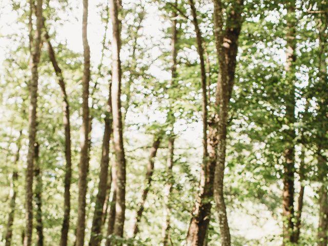 Le mariage de Anaïs et Marc-Henri à Lavelanet, Ariège 29