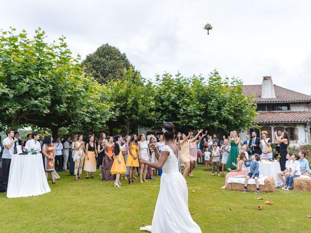 Le mariage de Jago et Lila à Urrugne, Pyrénées-Atlantiques 13