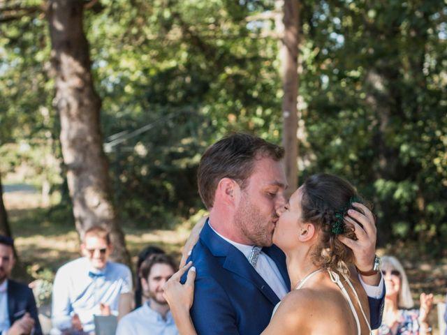 Le mariage de Emmanuelle et Alexandre à Ambres, Tarn 7