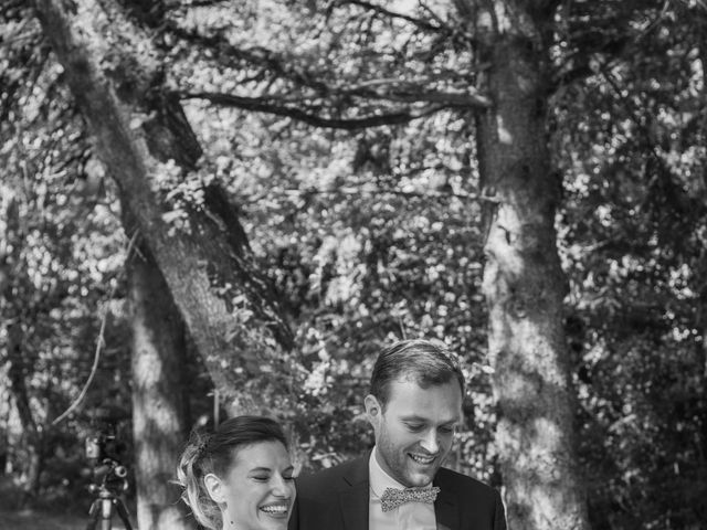 Le mariage de Emmanuelle et Alexandre à Ambres, Tarn 8