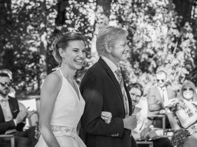 Le mariage de Emmanuelle et Alexandre à Ambres, Tarn 15