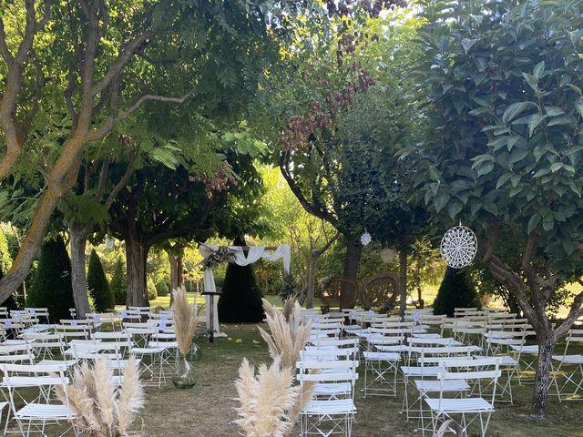 Le mariage de Yoann et Léa à Pertuis, Vaucluse 9