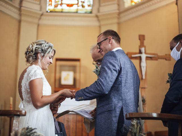 Le mariage de Thomas et Coralie à Beaumont-en-Cambrésis, Nord 16