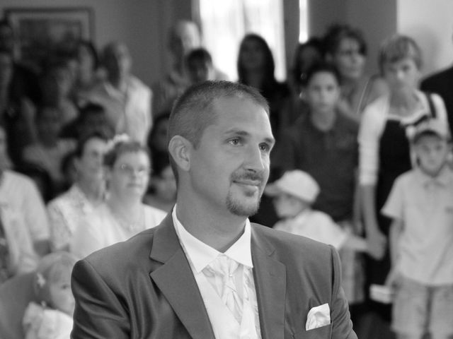 Le mariage de Tony et Severine à Porte-Joie, Eure 9