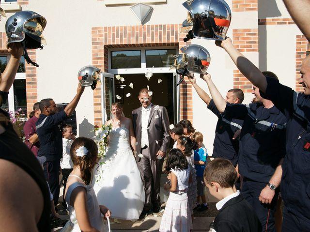 Le mariage de Tony et Severine à Porte-Joie, Eure 20