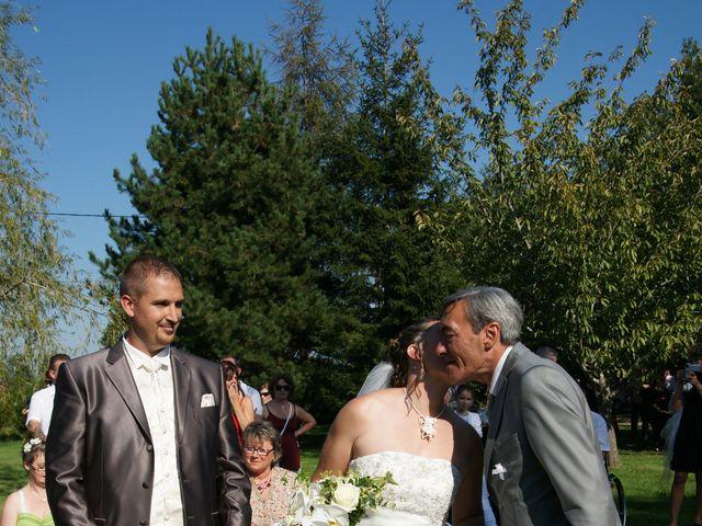 Le mariage de Tony et Severine à Porte-Joie, Eure 28