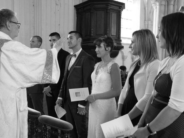 Le mariage de Romain et Ludivine à Montabard, Orne 11