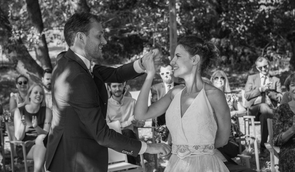 Le mariage de Emmanuelle et Alexandre à Ambres, Tarn