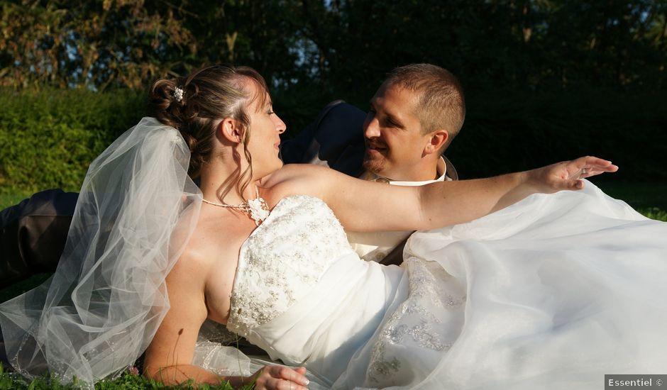 Le mariage de Tony et Severine à Porte-Joie, Eure