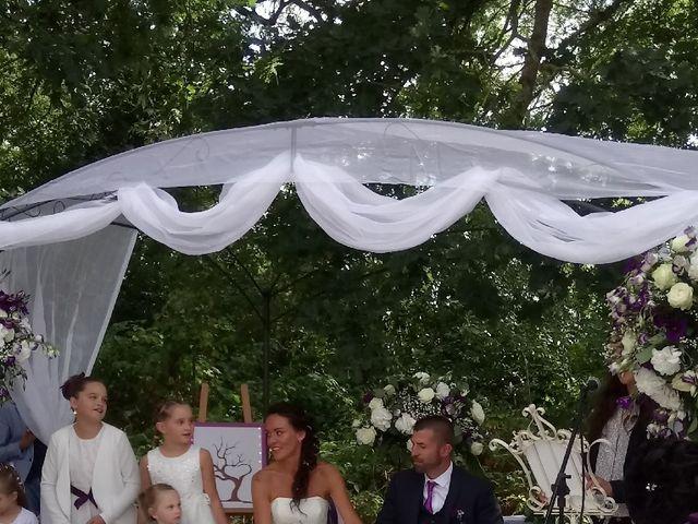 Le mariage de Jérémy et Emilie à Broyes, Oise 11