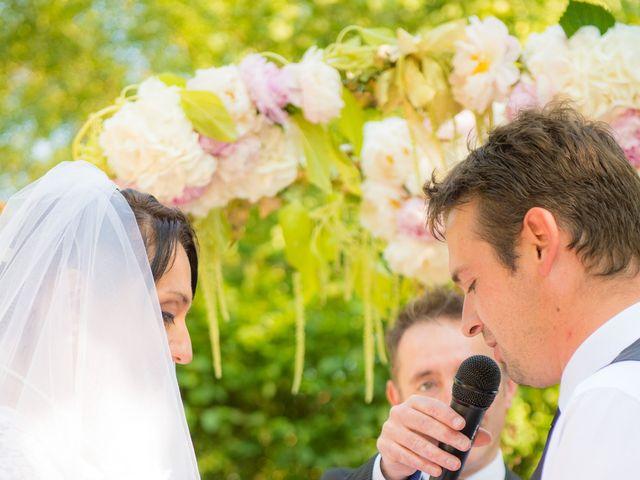 Le mariage de Dominique et Nataliya à La Chapelle-de-Guinchay, Saône et Loire 8