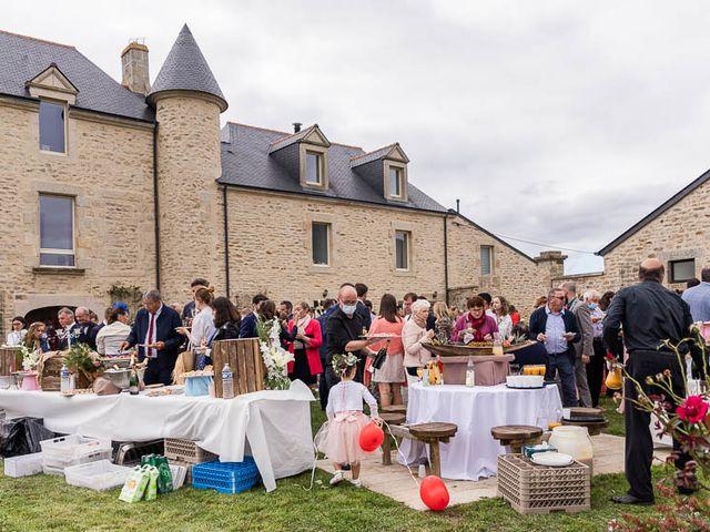 Le mariage de Amaury et Charlène à Vannes, Morbihan 48