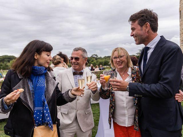Le mariage de Amaury et Charlène à Vannes, Morbihan 57