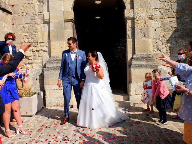 Le mariage de Adrien et Julie à Chevrières, Oise 2