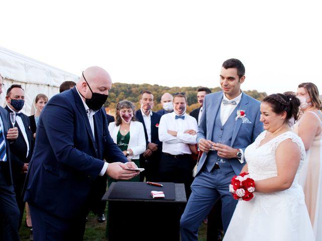 Le mariage de Adrien et Julie à Chevrières, Oise 11