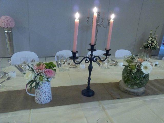 Le mariage de Raphael et Stéphanie à Chemazé, Mayenne 4