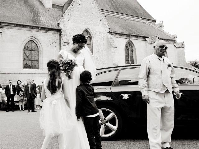 Le mariage de Arnaud et Angela à Brenouille, Oise 11