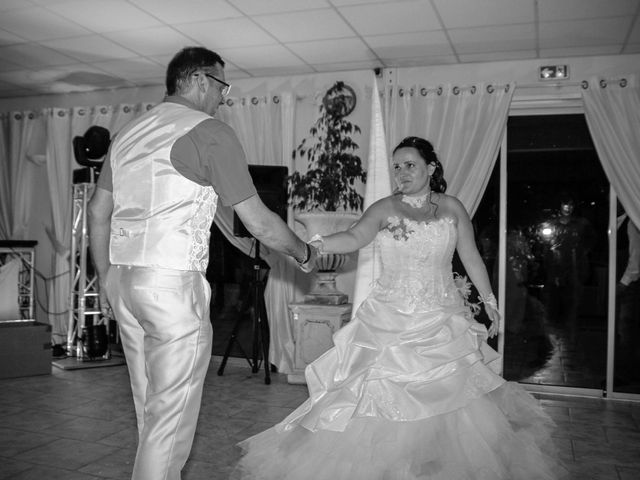 Le mariage de Benjamin et Cécile à Martigues, Bouches-du-Rhône 177