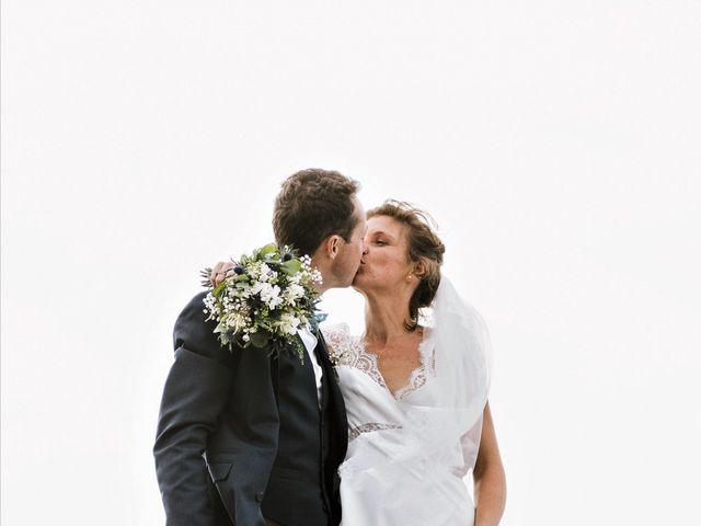Le mariage de Tanguy et Caroline à Saint-Malo, Ille et Vilaine 39